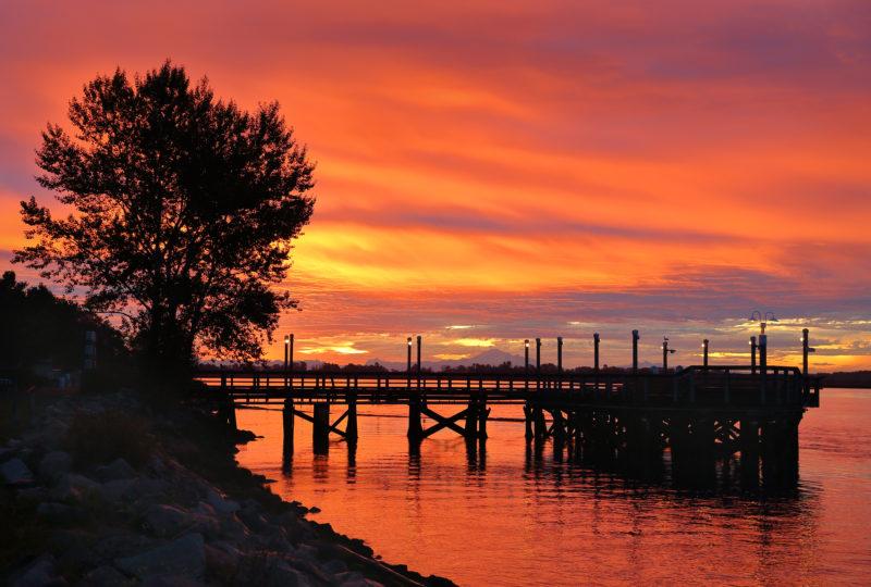 bigstock-Fraser-River-Sunrise-106380635-800x540.jpg